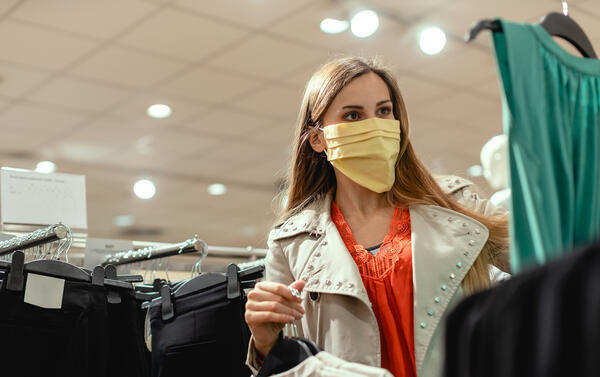 shopping-fashion-mask